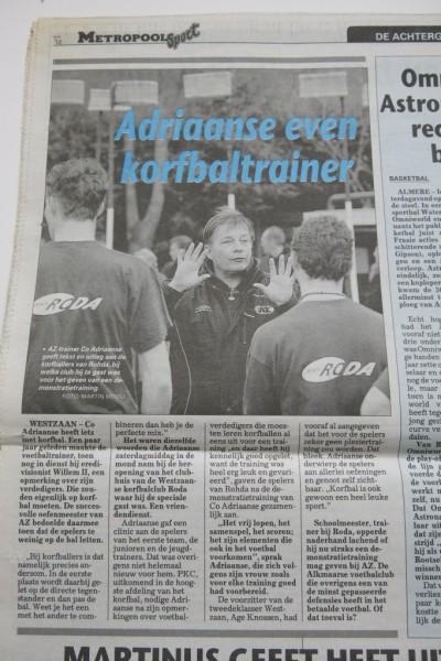 De sportbijlage van De Telegraaf de maandag daarop.